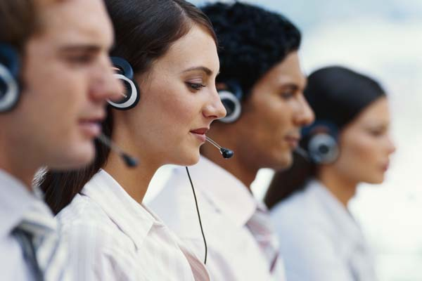 Virtual call center representative